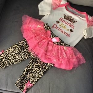 0/3 M 2 pc Body Suit & Leopard Pant w/Tutu